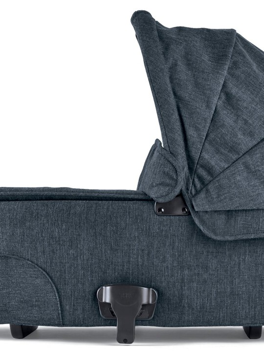 Flip XT³ Carrycot - Navy Flannel image number 1